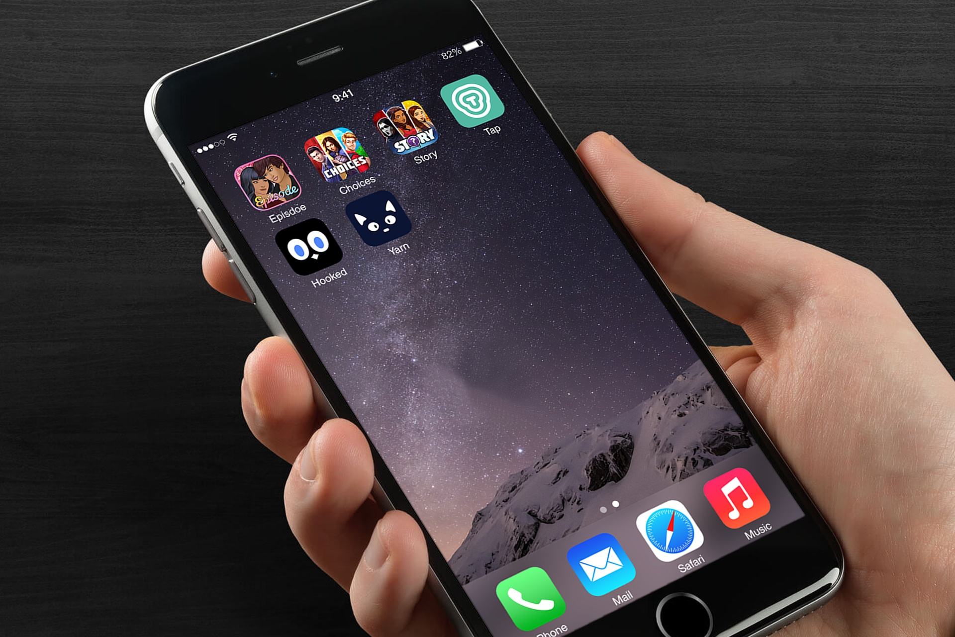 aptopia-mobile-mockup02 (1).jpg
